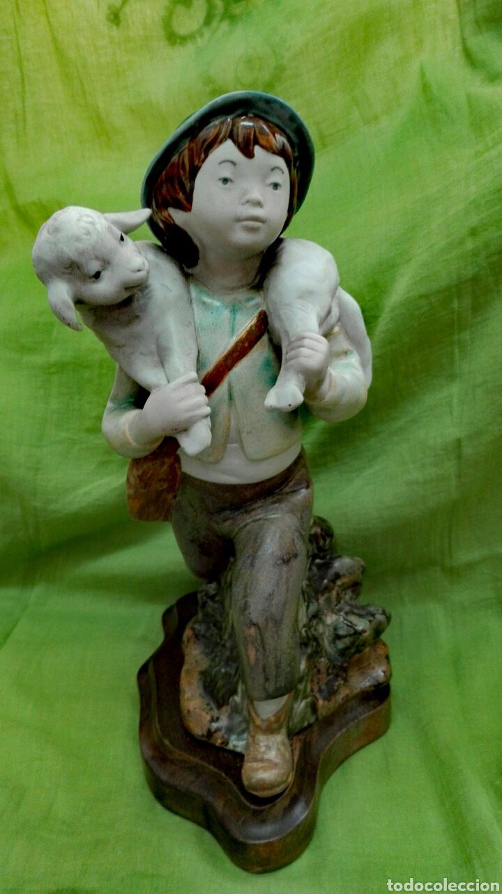 FIGURA DE CERÁMICA MATE (Vintage - Decoración - Porcelanas y Cerámicas)