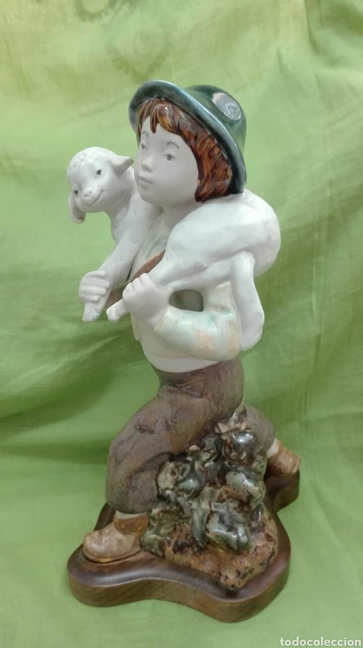 Vintage: Figura de cerámica mate - Foto 2 - 172087762