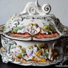 Vintage: SOPERA ANTIGUA PORCELANA ALCOBAÇA,PORTUGAL. Lote 172206954