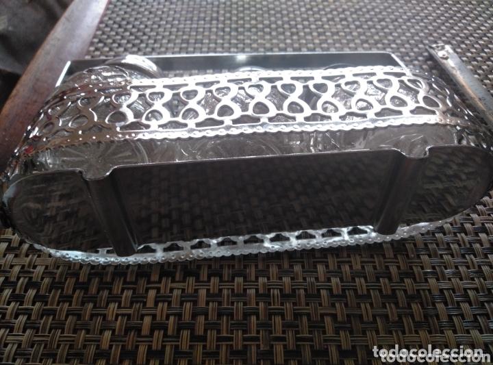 Vintage: Juego de mesa salero pimentero y mostaza vidrio tapas metálicas. Ca 1950. Largo 15, alto 10 cm - Foto 4 - 174069275