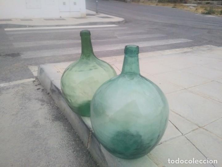 Vintage: Antiguas BOTELLAS GARRAFAS DAMAJUANA de COLOR AZUL VERDE para vino agua aceite oliva LEVANTE VIRESA - Foto 3 - 174285568