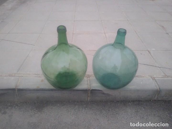 ANTIGUAS BOTELLAS GARRAFAS DAMAJUANA DE COLOR AZUL VERDE PARA VINO AGUA ACEITE OLIVA LEVANTE VIRESA (Vintage - Decoración - Cristal y Vidrio)