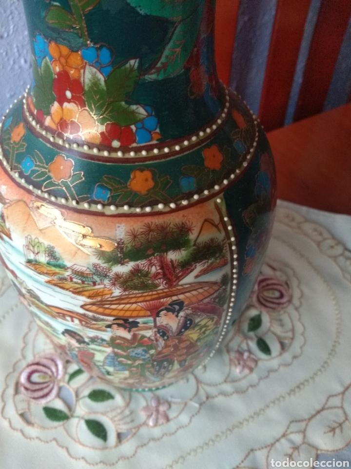 JARRÓN PORCELANA ( CHINA SELLO EN LA BASE ). MÁS PORCELANAS EN MÍ PERFIL (Vintage - Decoración - Porcelanas y Cerámicas)
