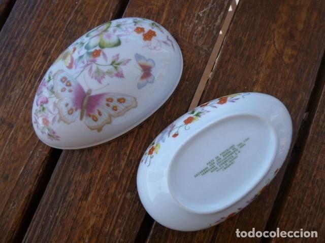 Vintage: Cajita en forma de huevo decorada con mariposas. Avon - Foto 2 - 175630114