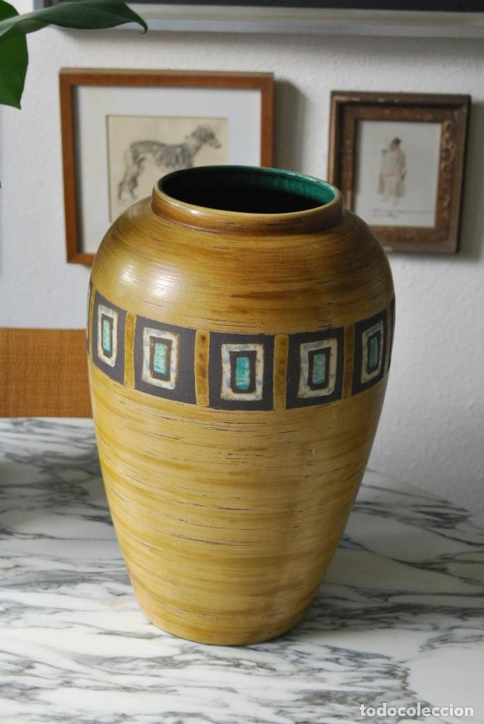 JARRÓN DE CERÁMICA ALEMANA - JASBA - WEST GERMANY - AÑOS 60 - GRAN TAMAÑO 35 CM - T (Vintage - Decoración - Porcelanas y Cerámicas)