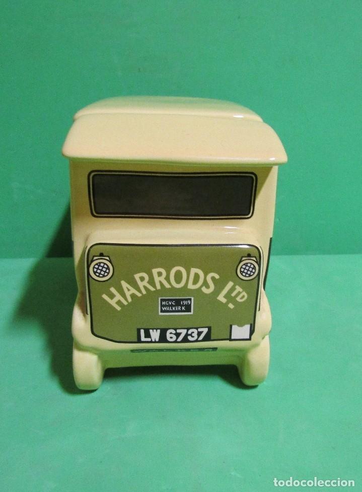 Vintage: HARRODS ltd. BOMBONERA CERAMICA EN FORMA DE ANTIGUO CAMION MEDIDAS 18X14X9 ( largo x alto x ancho) - Foto 2 - 176224914