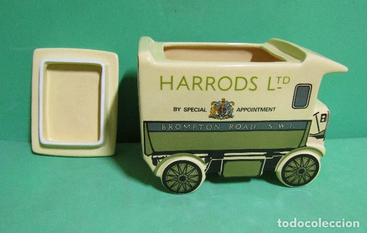 Vintage: HARRODS ltd. BOMBONERA CERAMICA EN FORMA DE ANTIGUO CAMION MEDIDAS 18X14X9 ( largo x alto x ancho) - Foto 5 - 176224914
