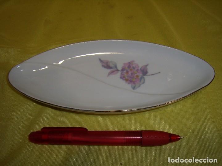 BANDEJA, VACÍA BOLSILLOS PORCELANA SANBO, MEDIDAS, 20,5 X 9 CM, NUEVA SIN USAR. (Vintage - Decoración - Porcelanas y Cerámicas)