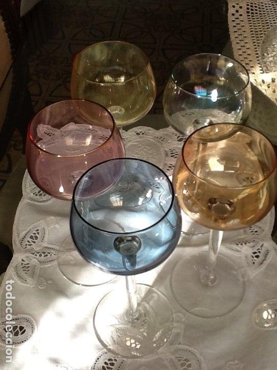 5 COPAS DE CRISTAL DE COLOR (Vintage - Decoración - Cristal y Vidrio)