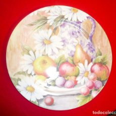 Vintage: GRAN PLATO PORCELANA ESPAÑOLA MARCA HERRÁNDIZ. DIÁMETRO 30,5 CM.. Lote 181910457