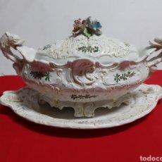 Vintage: BONITA SOPERA DE PORCELANA ITALIANA ANTIGUA EN LOS AÑOS 60 BASSAMO. Lote 183711348