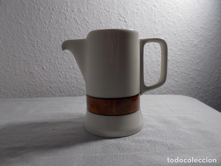 BIDASOA JARRA PEQUEÑA ALTURA 10 CM. APROX. (Vintage - Decoración - Porcelanas y Cerámicas)