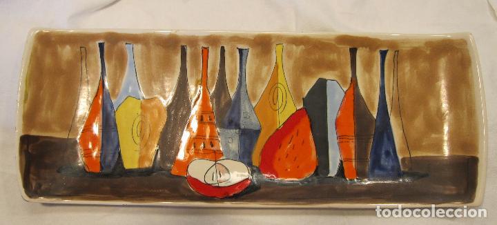 CENTRO DE MESA DE CERAMICA LOZA ITALIANA. INSPIRACIÓN DE MORANDI. 17 X 44 X 4 CM (Vintage - Decoración - Porcelanas y Cerámicas)