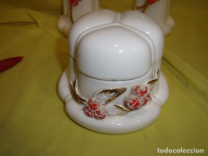 Vintage: Juego tocador cerámica 4 piezas, años 70, flores y hojas relieve, Nuevo sin usar. - Foto 5 - 184120738