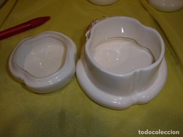 Vintage: Juego tocador cerámica 4 piezas, años 70, flores y hojas relieve, Nuevo sin usar. - Foto 7 - 184120738