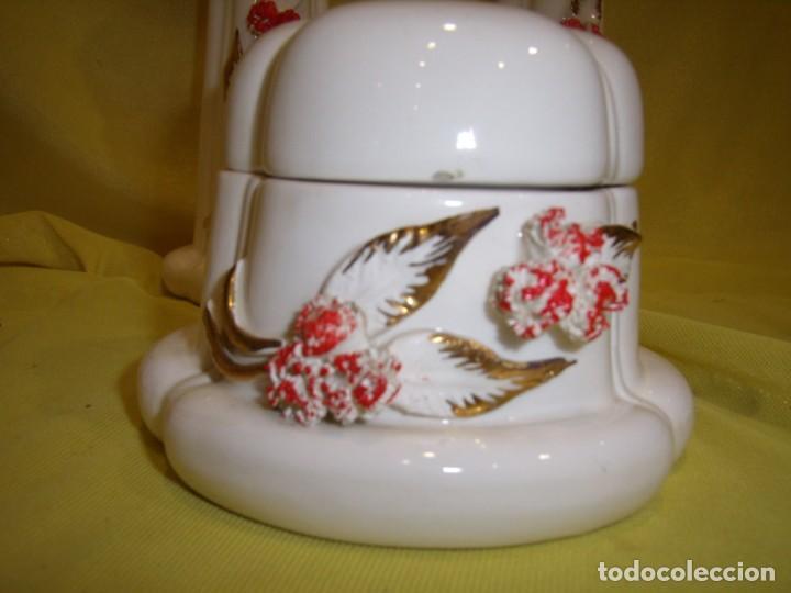 Vintage: Juego tocador cerámica 4 piezas, años 70, flores y hojas relieve, Nuevo sin usar. - Foto 8 - 184120738