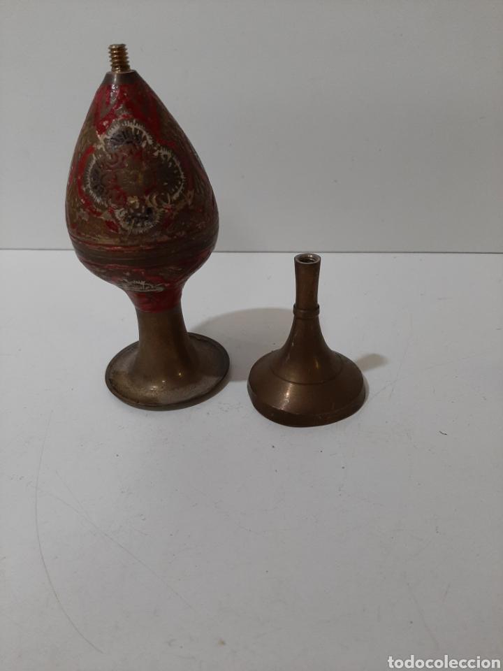 Vintage: Bonito florero de bronce tallado y pintado a mano. Vintage. - Foto 4 - 184210212