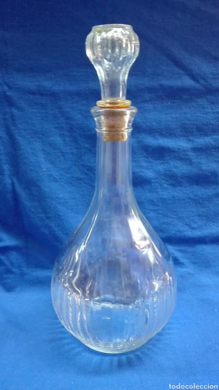 Vintage: Juego botella y 4 vasos de cristal. - Foto 2 - 184405893