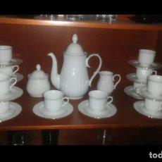 Vintage: JUEGO DE CAFÉ 12 SERVICIOS. Lote 189322105