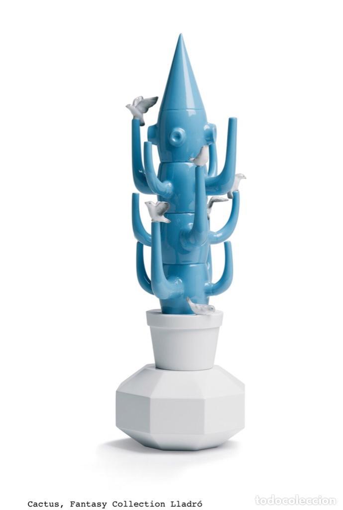 CACTUS 40CM AZUL CLARO DE LLADRO NUEVO JAMÁS SACADO DE LA CAJA ORIGINAL DISEÑADO POR JAIME HAYON (Vintage - Decoración - Porcelanas y Cerámicas)