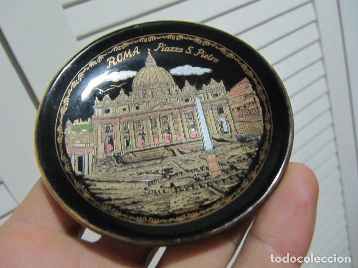 PEQUEÑO PLATO ROMA PIAZZA S PIETRO HAND MADE 24 K GOLD AÑOS 80S (Vintage - Decoración - Porcelanas y Cerámicas)