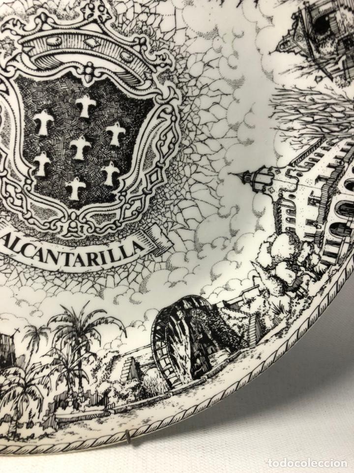 Vintage: PLATO DECORATIVO DEDICADO A ALCANTARILLA ··· VISTA POR E. PALENZUELA ··· - Foto 3 - 194508303