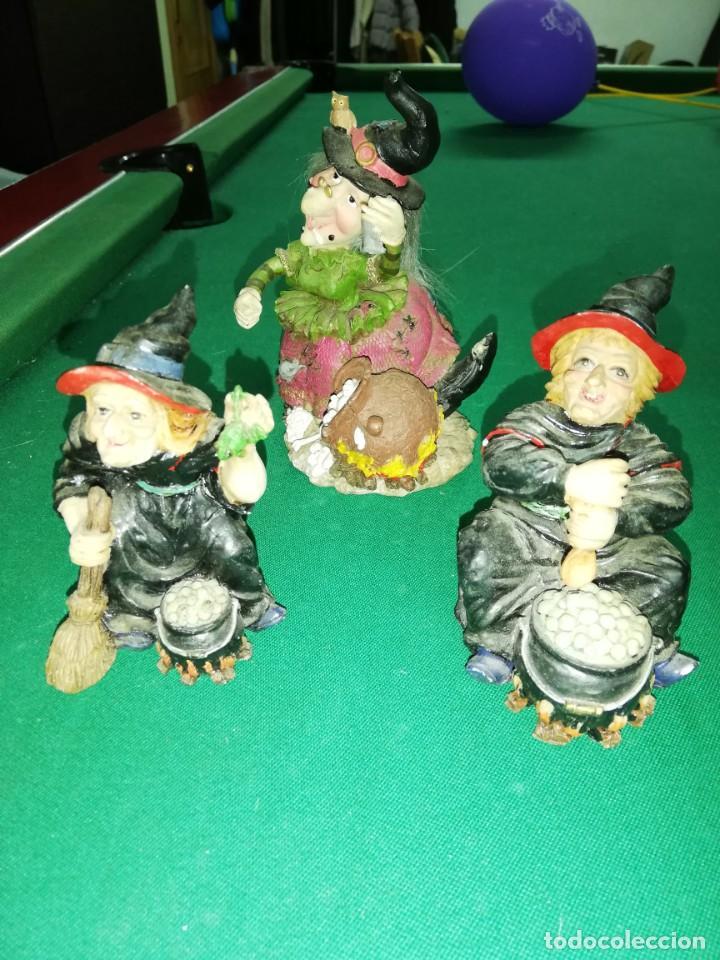LOTE 3 BRUJAS DE PORCELANA DECORACIÓN (Vintage - Decoración - Porcelanas y Cerámicas)