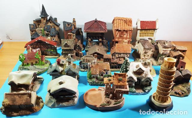 LIQUIDACION LOTE 24 CASITAS CASAS DE CERAMICA O BARRO + TORRE PISA DE REGALO,VER DESCRIPCION Y FOTOS (Vintage - Decoración - Porcelanas y Cerámicas)