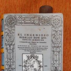 Vintage: FRASCO CERÁMICA DE COLECCIÓN ,EN FORMA DE LIBRO DE WHISKY, FABRICADO PORCELANAS GUILLEN-MADRID. Lote 195005116