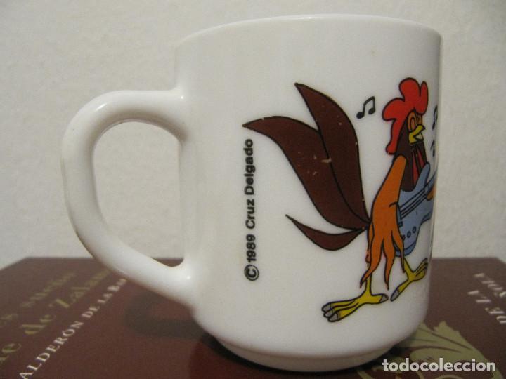 Vintage: Taza de loza de Los Trotamúsicos \ Gallo Koky \ Cruz Delgado \ Arcopal - France (1989) Muy dificil - Foto 4 - 195153345