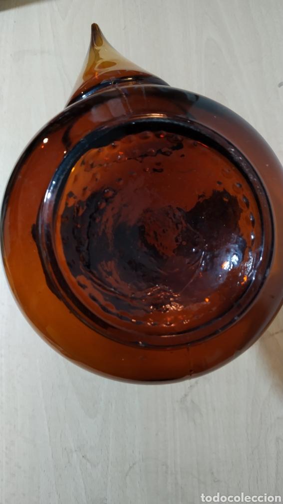 Vintage: Antiguo porron en cristal marrón - años 70 - Foto 6 - 195285610