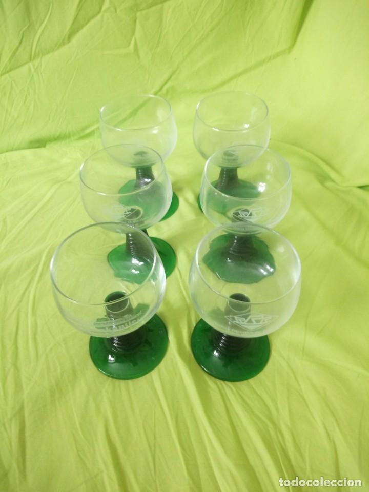 Vintage: Juego de 6 copas de cristal con el pie verde,2 cl rederj rijnvakatie.france - Foto 3 - 195326620