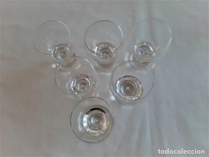 Vintage: 6 copas para licor de cristal. Vintage, años 70. - Foto 4 - 195340863