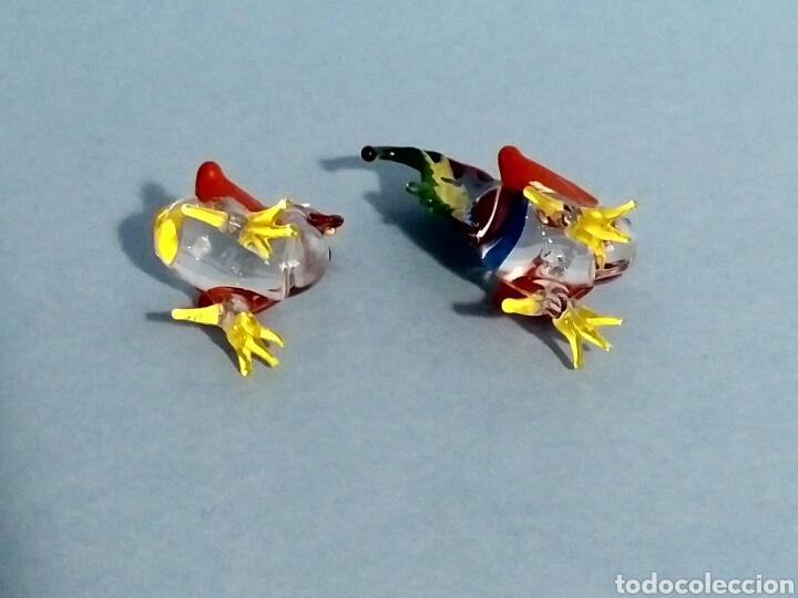 Vintage: Figuras miniatura gallo y gallina - artesanía cristal pintado a mano - Foto 6 - 195371748