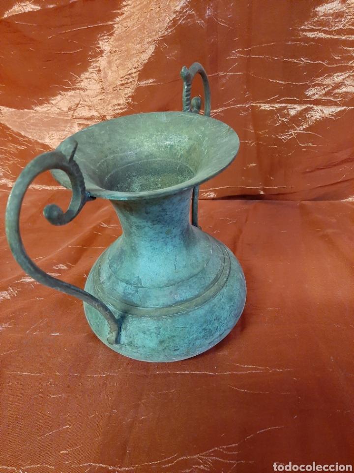 Vintage: Bonito jarrón o florero hecho de bronce, años 70, conserva su pátina. - Foto 2 - 195660821
