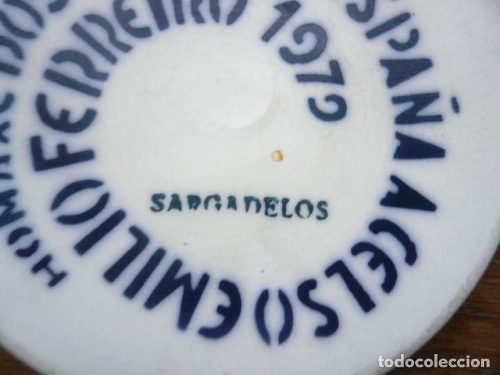 Vintage: MEDALLA SARGADELOS 1970 HOMAXE DOS POBOS DE ESPAÑA A CELSO EMILIO FERREIRO - Foto 4 - 195691368