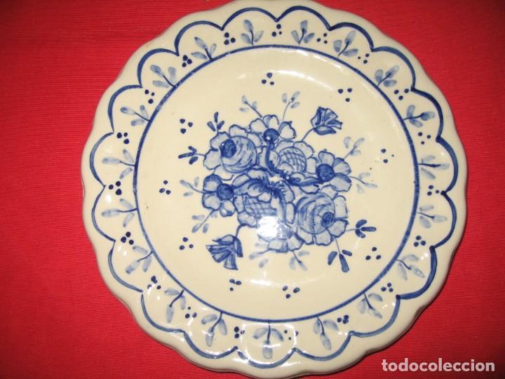 Vintage: dos platos decorafdos a mano de los años 60 - Foto 4 - 196804615