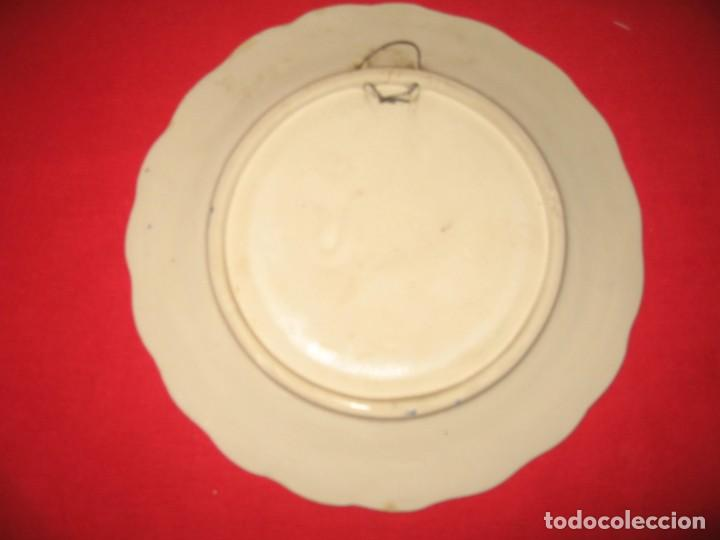Vintage: dos platos decorafdos a mano de los años 60 - Foto 5 - 196804615