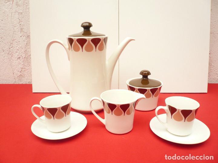 JUEGO DE CAFÉ TU Y YO ROYAL CHINA VIGO. VINTAGE (Vintage - Decoración - Porcelanas y Cerámicas)