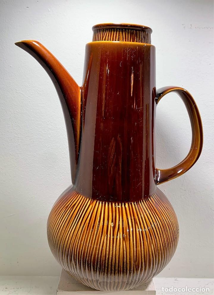 STRATA BRITISH, CAFETERA AÑOS 60. (Vintage - Decoración - Porcelanas y Cerámicas)