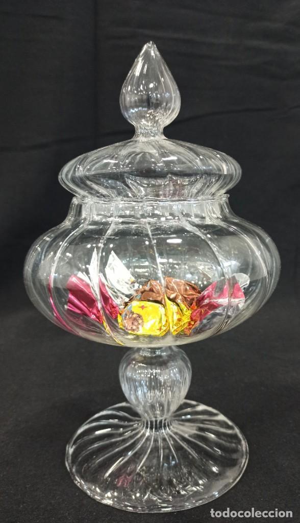 BOMBONERA DE CRISTAL FINO POSIBLEMENTE SOPLADO. C4 (Vintage - Decoración - Cristal y Vidrio)