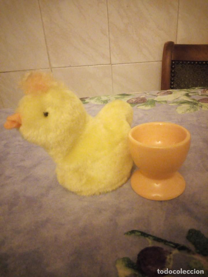 Vintage: Bonita huevera de cerámica con funda de pollito de peluche. - Foto 3 - 206398188