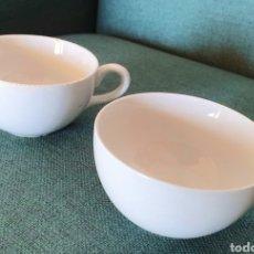 Vintage: LOTE DE 2 ANTIGUAS TAZAS DE CAFE CHINA OPACA Y 2 PLATOS PORCELANIT. SANTANDER. Lote 208122861