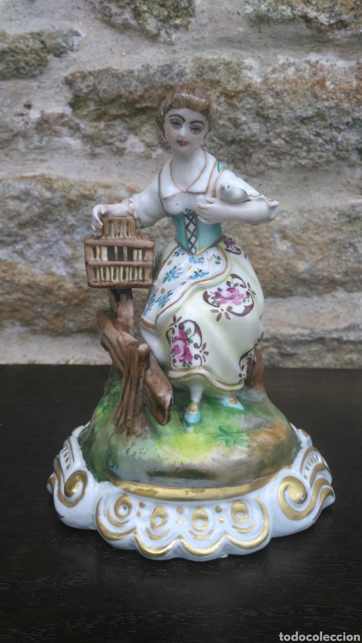 FIGURA CAPODIMONTE (Vintage - Decoración - Porcelanas y Cerámicas)