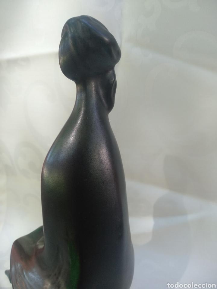 Vintage: Figura Mujer Sentada abstracta - Foto 8 - 215791783