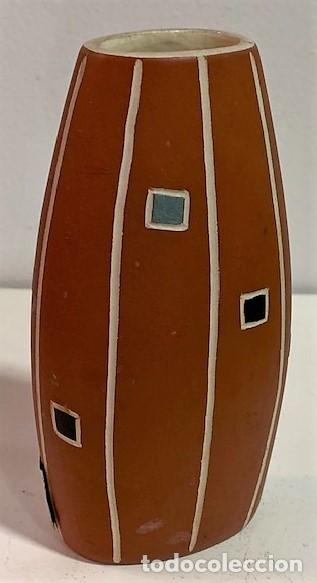 Vintage: Jarrón de cerámica de los años 50 procedencia alemana. 12 cm H. - Foto 4 - 218826083
