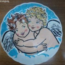 Vintage: PLATO DE SANTA CLARA DECORADO POR ANTONIO DE FELIPE. Lote 219443782