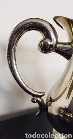 Vintage: Clásica jarra de alpaca - Foto 2 - 229818015