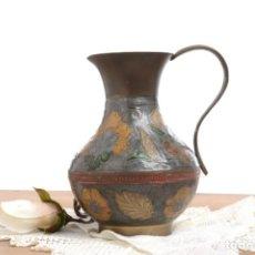 Vintage: JARRA DE METAL SOLIDO CON FLORES ESMALTADAS. Lote 233440795