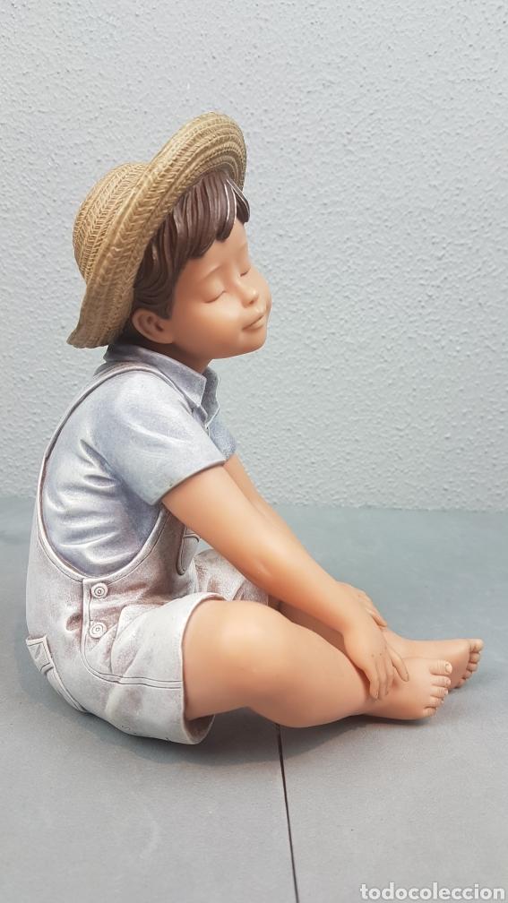 Vintage: Figura de niño sentado de cerámica Edición limitada de Nadal Studio Alarcon numerada 0592/5000. - Foto 2 - 233981435